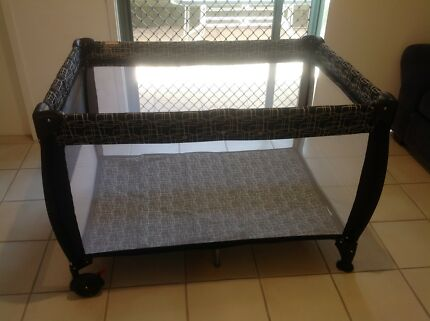 Steelcraft 3 in 1 Portable Cot inc. Bassinet and Change Table   Cots ...