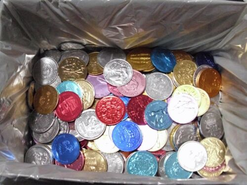 10+ lbs of mixed Mardi Gras doubloon LOT - CLEAN Great to Throw or Collect!