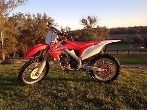 Crf 250r 2011 The Hills District Preview