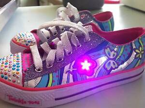 GIRLS Skechers Twinkle Toes Light Up shoes Eight Mile Plains Brisbane South West Preview