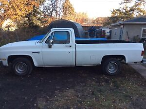 1986 gmc  square body