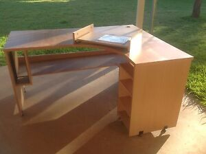 Corner desk Narromine Narromine Area Preview