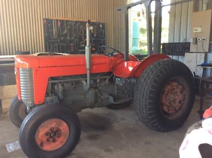 Massey Ferguson 65 Diesel tractor
