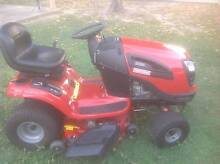 CRAFTSMAN YT4000 LAWN TRACTOR Kirwan Townsville Surrounds Preview