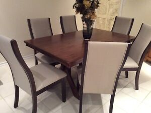 Dining Table 38 Wide X 64 Long And 6 L Leather Chairs