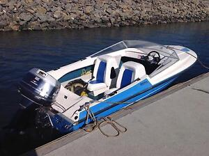 Ski/ fish Boat, 140 Evinrude, very good condition Belair Mitcham Area Preview