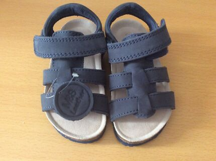 Brand new sandals size uk 7 from Marks and Spencer