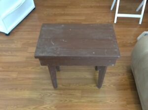 Wooden table (small)