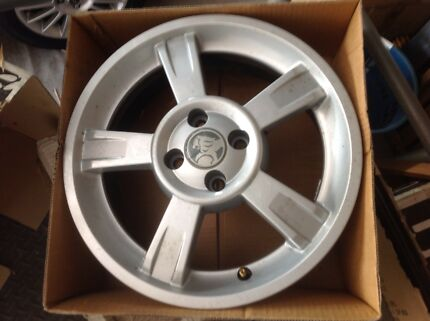 Holden by design mag wheels Astra 2001