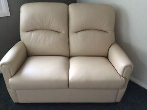 GARSTONE DESIGN LEATHER LOUNGE, BRENTWOOD STYLE, BEIGE 2 SEATER Arcadia Hornsby Area Preview