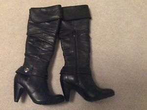 Never worn - Blondo size 6.5 Boots