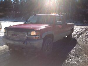 2000 GMC Sierra 2500 4x4 with boss plow