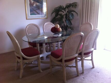 Dining Table With Matching Chairs Bar Stools PRICE DROP