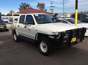 2001 Toyota Hilux 4x4 Turbo Diesel dual can tray back Sandgate Newcastle Area Preview