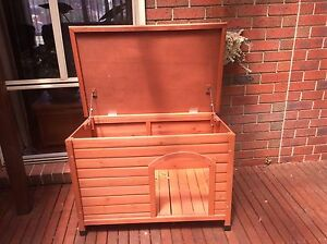 Dog kennel Narre Warren Casey Area Preview