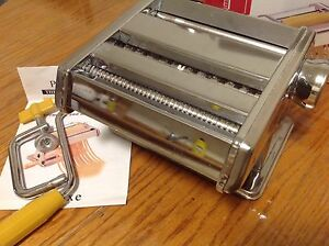 pasta maker, like new