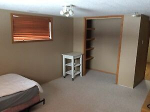 Pet friendly Parkallen Basement suite