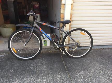 Shimano bike almost new Dolls Point Rockdale Area Preview