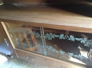 Nice Retro buffet and hutch for sale