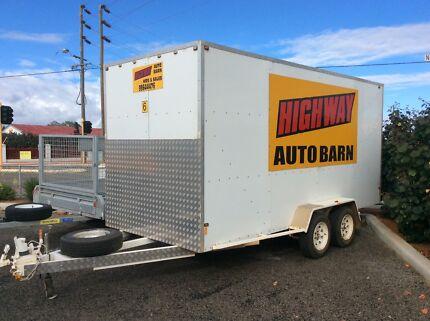 Highway autobarn