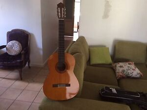 Yamaha c40 student guitar as new Cairns Cairns City Preview