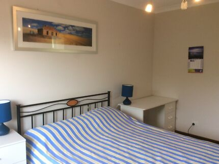 Pet friendly Stirling Househare