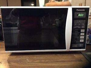 Microwave for sale Rushcutters Bay Inner Sydney Preview