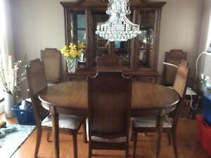 Dining room table, chairs and hutch for sale! $150 obo