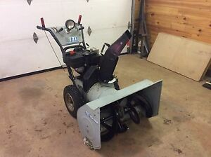 "10 HP 32"" Snowblower"