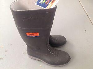 Gum boots Blundstone steel toe cap Mullaloo Joondalup Area Preview