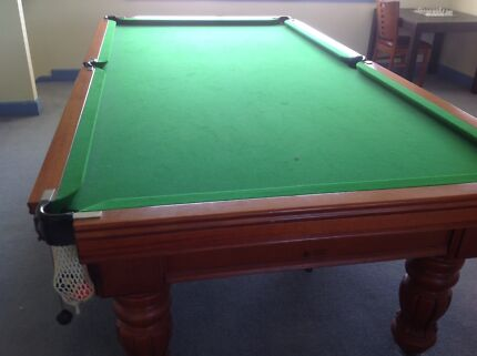 Billiard table 3/4 size immaculate condition