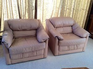 Moran leather lounge suite Sandy Bay Hobart City Preview