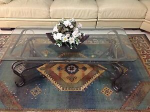 1 x coffee table, and 2 x side tables Pearsall Wanneroo Area Preview