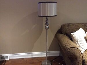 LIKE NEW-STYLISH FLOOR LAMP