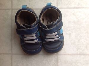 Toodler boys See Kai Run leather shoes size 7
