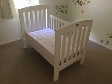 White Boori country collection cot with bedding and accessories