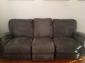 Reclining couches (2 & 3 seater) Alberton Port Adelaide Area Preview