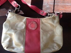 Small Crossbody Coach Purse, Excellent Condition