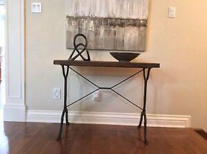 Table console bois grange et pied de metal / VENDU