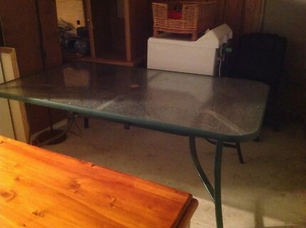Outdoor table - Near new- well below value! Ellenbrook Swan Area Preview