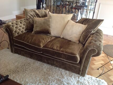 Lounge chesterfield style