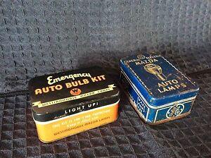 2 petites boite en Metal vintage pour ampoule de rechange.
