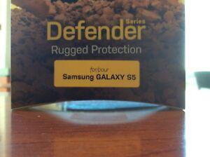 APPLE I phone 5/5S  DEFENDER  OTTER BOX  CASE