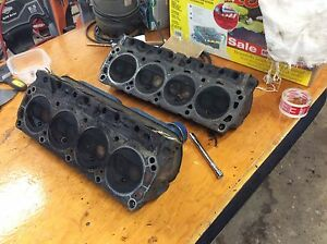 1970 Ford 302 Cylinder Heads