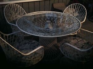 Patio Set.   Rattan Wicker  $250.