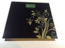 GLASS PATTERNED ELECTRONIC BATHROOM SCALES Tarneit Wyndham Area Preview