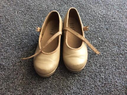 Kids tap shoes size 10