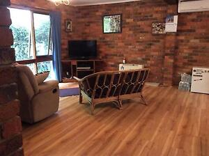 Downstairs flat Bowen Mountain Hawkesbury Area Preview