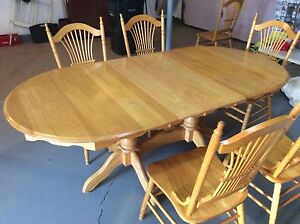 Solid Oak Double Pedestal Table & 6 Chairs