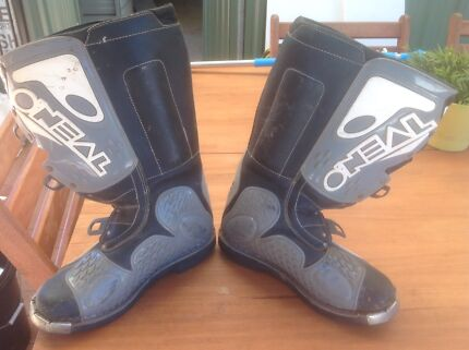 Wanted: O'neal motor cross boots size 10